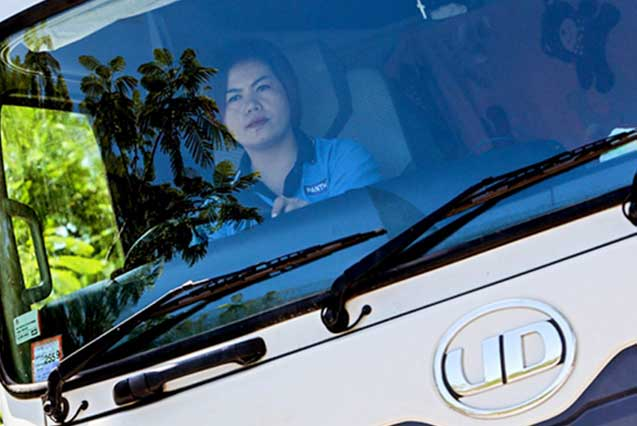 UD Trucks | Lady on the quest